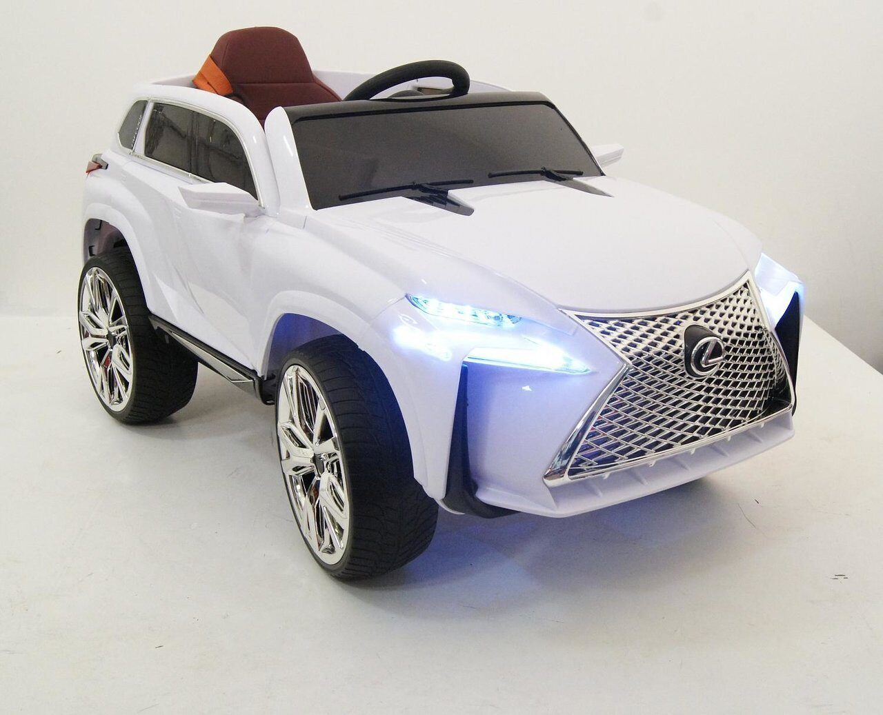 elektromobil_rivertoys_lexus_e111kkh_white